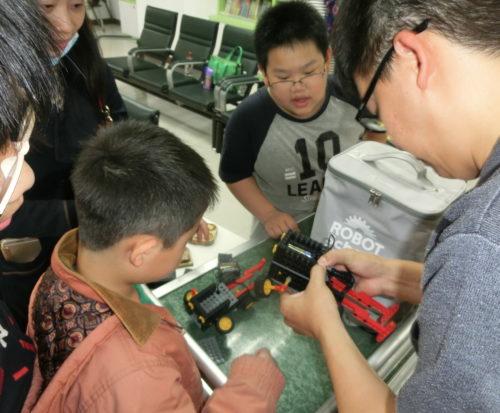 台中機器人體驗201803-CIMG5300-500x413